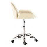 Kosmetická židle LION na stříbrné podstavě s kolečky - krémová